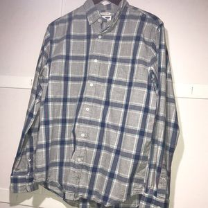 Old Navy Gray & Blue Plaid Button Size L